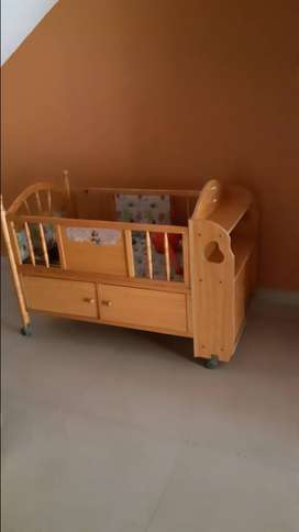 Kids cot or baby bed