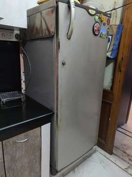Whirlpool refrigerator for sale 350 leters in capacity
