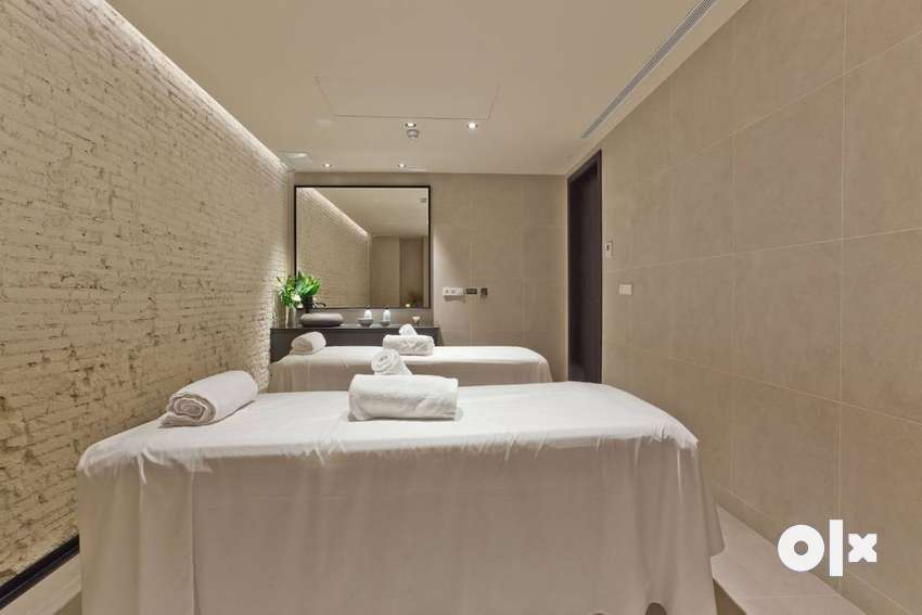wanted good looking female therapist for spa centre 0