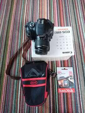 Canon 600d lens 18 55 Lengkap box Mulus