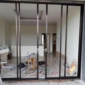 Pintu kaca alumunium sliding swing atau dorong