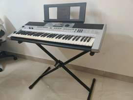 Yamaha i455 Keyboard - in perfect Brand New Condition