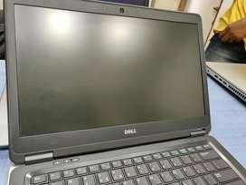 """Dell latitude E7440,i5, 4th Gen,4GB,500Gb,14"""" Screen Good Condition"""