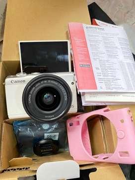 Canon m100 fullset box