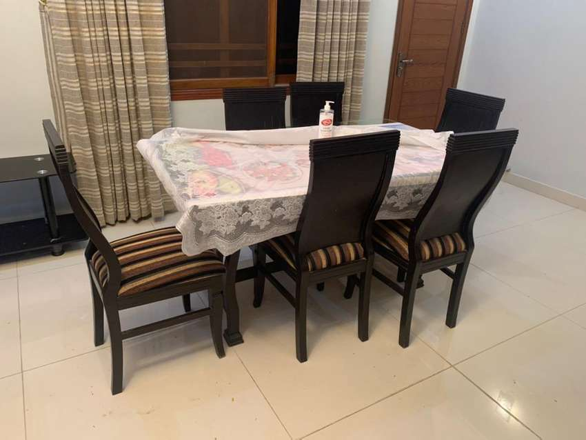 8 month user dining table 0