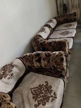 Very very good condition sofa five seater and dining table six chairs