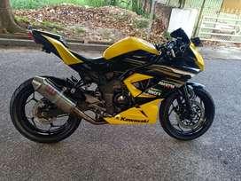 Kawasaki Ninja 250 RR Limited Edition Plat Kota Pajak Hidup