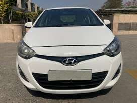 Hyundai i20 1.4 Magna Executive, 2013, Electric