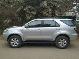 Flawless 3.0 Ltr 4X4 Toyota Fortuner