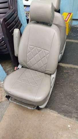Innova captain seats