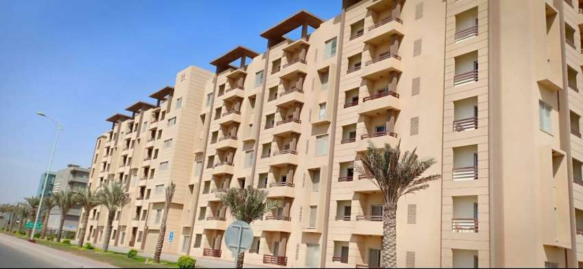 2 BED ROOMS BAHRIA TOWN APARTMENT FURNISHED WITH KEYS 0