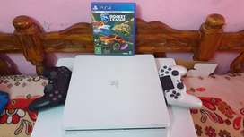 Sony PlayStation White (PS4)