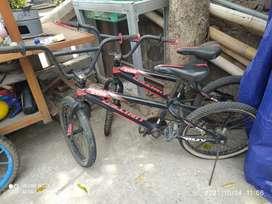 Sepeda United BMX anak