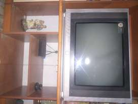 LG XD 29 INCHES TV