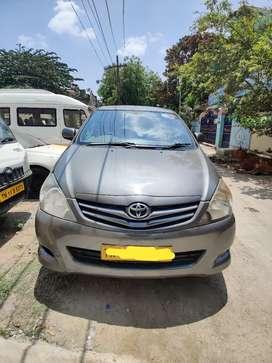 Toyota Innova 2010