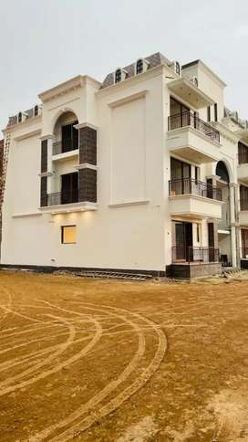 3 bhk Ultra luxurious flat available in Mohali BANG ON AIRPORT ROAD