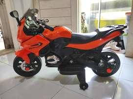 Motor Mainan Ninja Pakai Aki / Motor Mainan Bisa Dinaiki / PMB M688
