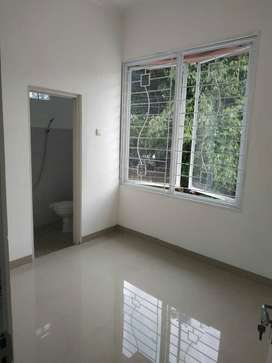 Free Balkon , Design , Diskon 50 Jt di Townhouse Raden Cibinong .