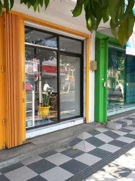 Disewakan toko jalan poros Batu cocok utk bisnis makanan/kopi/paket BU