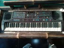 Jual keybord Rolland E12 bgus normal