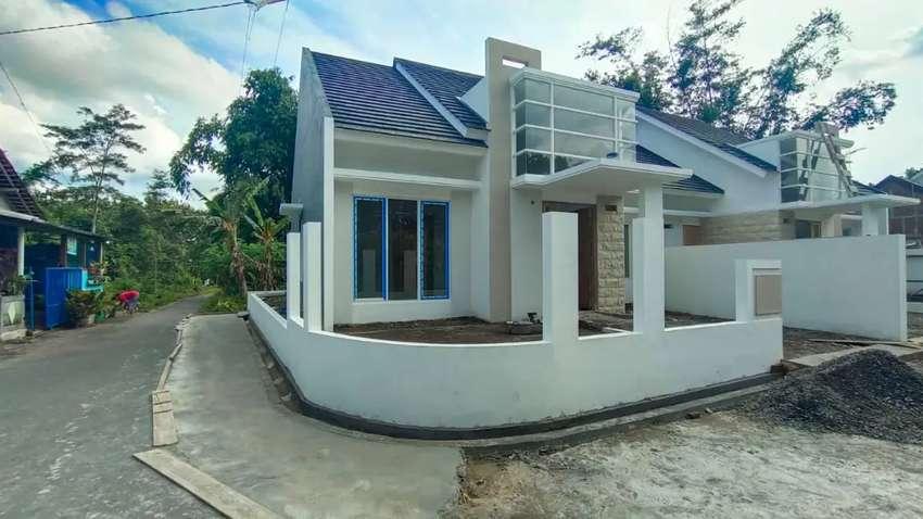 Rumah baru di jalan kaliurang km 13 dekat pppg kesenian 0