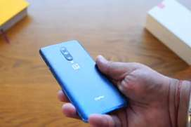 Description Oneplus 7 Pro available Just 50-60 Days Used and refurbish