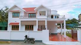 ( palakkad Puthur)2300sqft house in 9 cents.