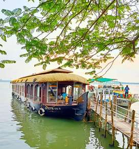 Wanted cook for houseboats