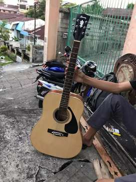 GUITAR CUSTOM ACOUSTIC OKE