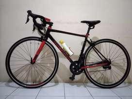 Sepeda Balap (Road Bike) Polygon Stratos 3