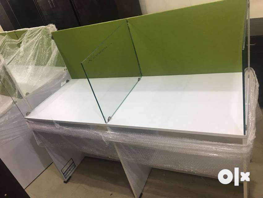 Brand new Modular Workstation ,office table available at wholesale pr 0