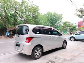 Honda Freed EPSD 2011 matic.Plat Jatim terawat.biga mobil