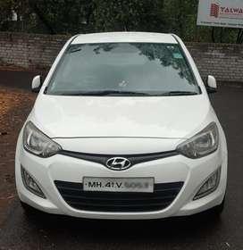 Hyundai I20 Asta 1.4 CRDI with AVN 6 Speed, 2014, Diesel