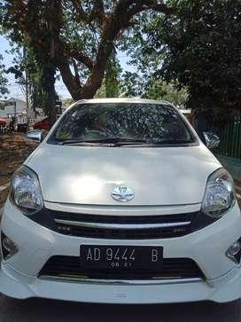 Toyota Agya TRD matik th 2016 wrn putih