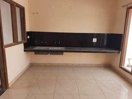 130 Villa For Sale In Sunny Enclave Sec-123