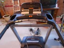 treadmil like new heavy duty 0307,2605395 plz call me at this no