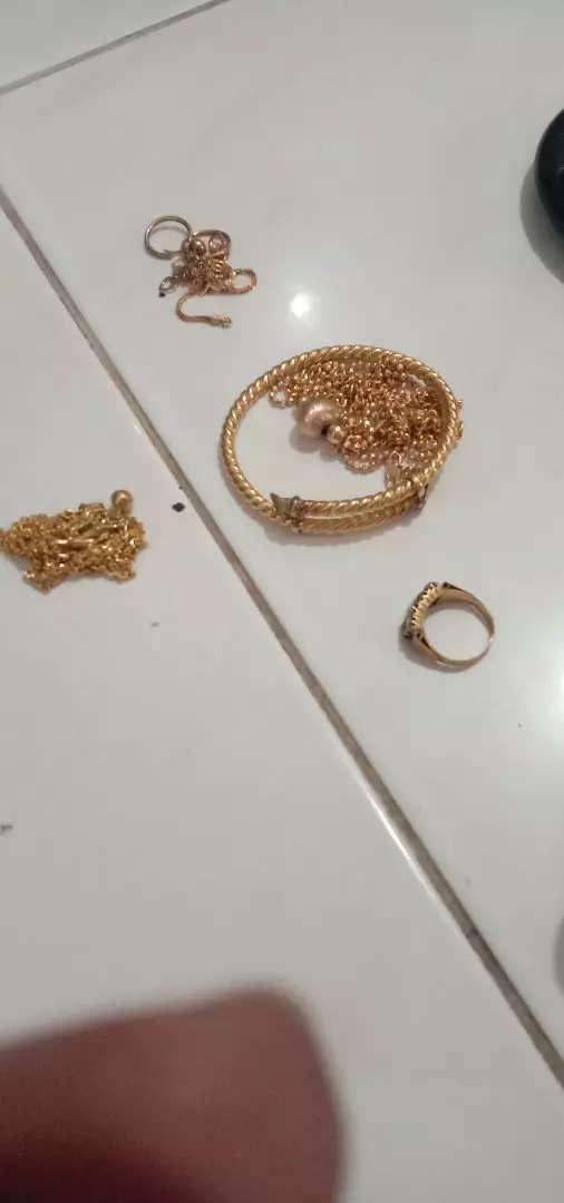 Menerima emas dan berlian Tampa surat cod