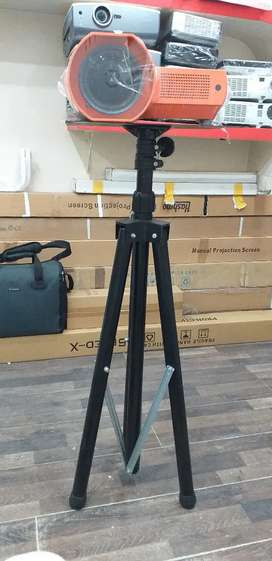 Projectors Tripod stands available for Projection