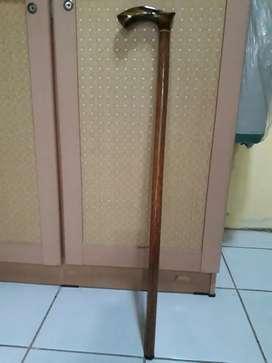Tongkat teken kayu glugu