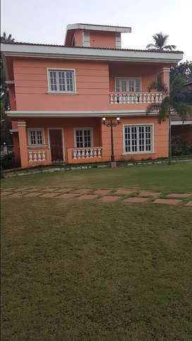 Villa for Rent for Ladies