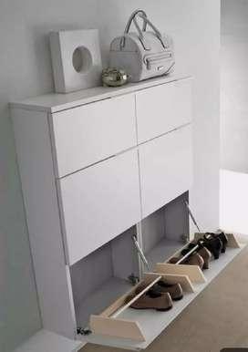 Hydraulic shoe rack