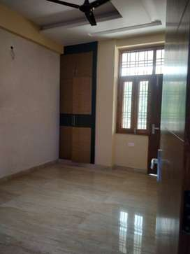 3 Bhk flat with lift facility available in Vaishali