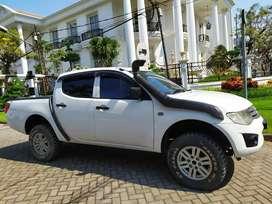 Strada triton hdx 2014 mitsubishi 4x4 orisinil bkn hilux ford ranger