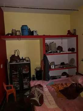 01 bedroom,  bathroom.