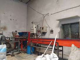Extrusion machine Operator