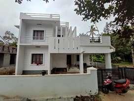 Viyyur , 2000SqFt ,7.3 cent,3bhk New Villa -Thrissur