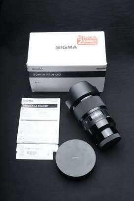 Sigma 20mm F1. 4 DG Art Mulus Lengkap for Sony E Mount