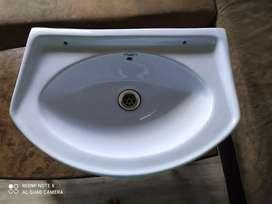 Sink / Wash basin