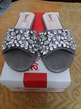 Ladies Fancy Flat Chappal for Sale
