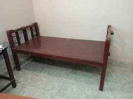 Tec wood cot